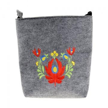 filcowa torebka z haftem bukiet kwiaty