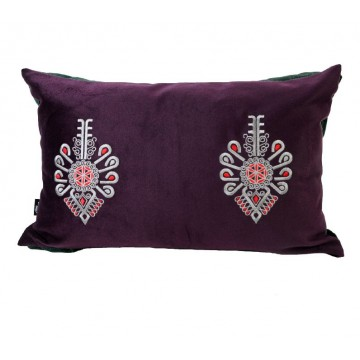 ludowa poduszka z haftem parzenicy flausz
