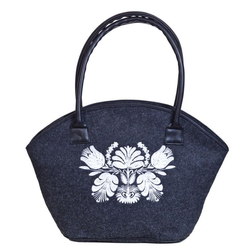 Filcowa torba kosz biały haft kwiaty