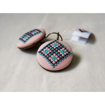 Kolczyki różowe haft kielecki