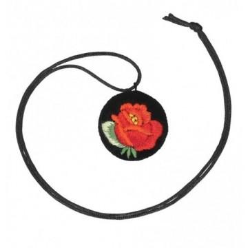 naszyjnik haftowany z różą