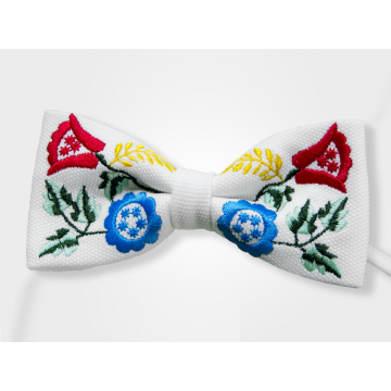 Mucha biała haft góralski kolor