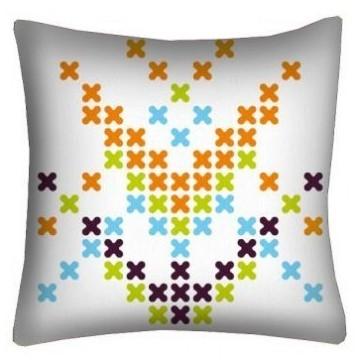 Poduszka haft krzyżykowy biała 2