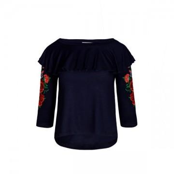 Bluzka z ludowym haftem,  kwiaty łowickie