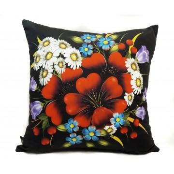 Folkowa poduszka motyw kwiatowy