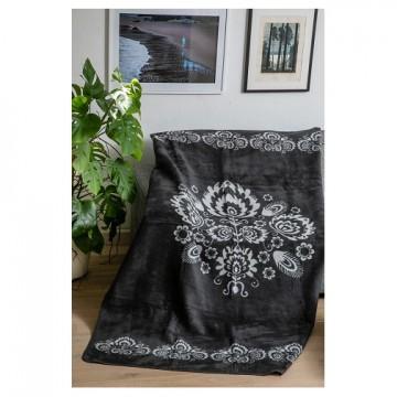 Folkowy koc z ludowym wzorem kwiat czarnobialy