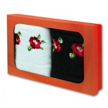 Haftowane ręczniki z ludowym haftem kwiatowym podhale