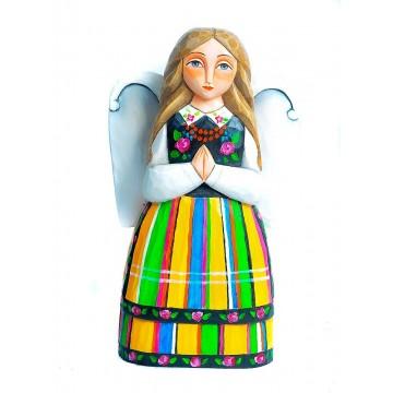 anioł - ludowa rzeźba w stroju łowickim