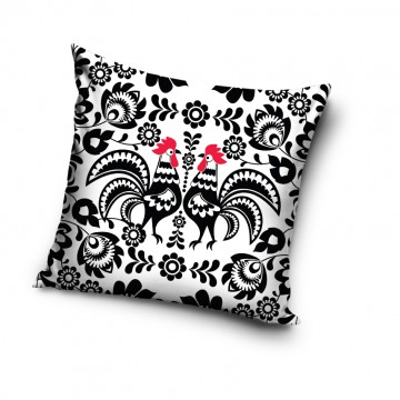 folklorystyczna poduszka z motywem ludowych kogutów w czarnobiałej tonacji