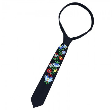 ręcznie haftowany ludowy krawat z kaszubskim haftem